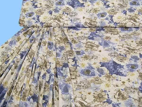 Baumwolljersey mit Blumenmuster - wollweiss/créme/beige/hellblau/dunkelblau